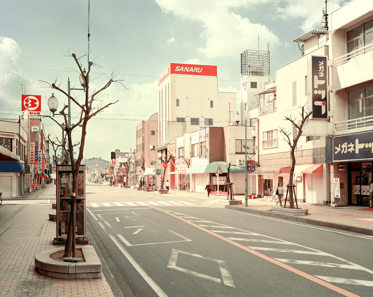 Street-to-the-main-station,-Shimada